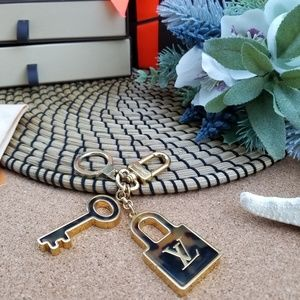 Louis Vuitton key charms,key holder Genuine